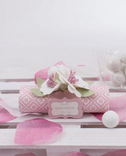 segnaposto cartoncino con confetti e fiori linea blush rdm design