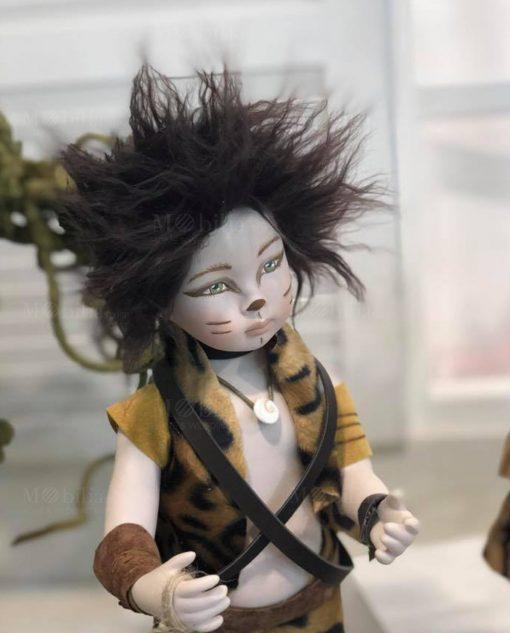 bambolina con vestito maculato e cinture linea gli antenati rdm design