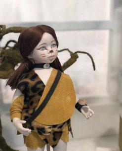bambolina con vestito primitivo linea gli antenati rdm design
