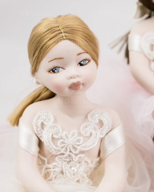 bambolina grande bionda occhi azzurri porcellana capodimonte linea prima ballerina rdm design