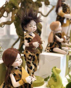 bambolina vari modelli con vestito primitivo linea gli antenati rdm design