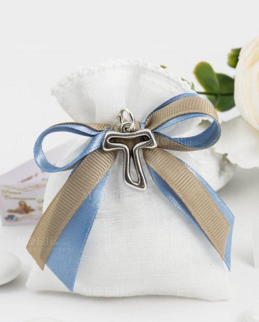 bomboniera ciondolo croce tao argento tabor su sacchetto bianco con fiocco