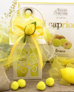 bomboniera lanterna albero della vita con sapone limone e applicazione limone con nastro giallo