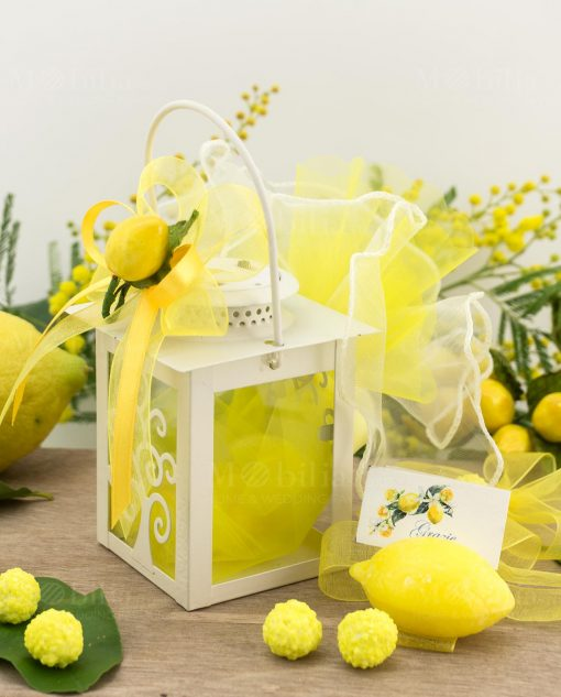 bomboniera lanterna albero della vita led bianca con saponetta limone e limone piccolo