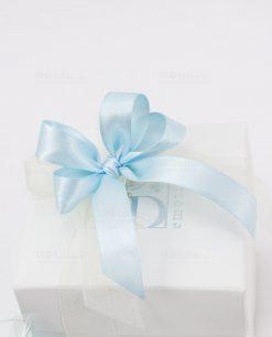 bomboniera pigna prosperity dettaglio fiocco azzurro