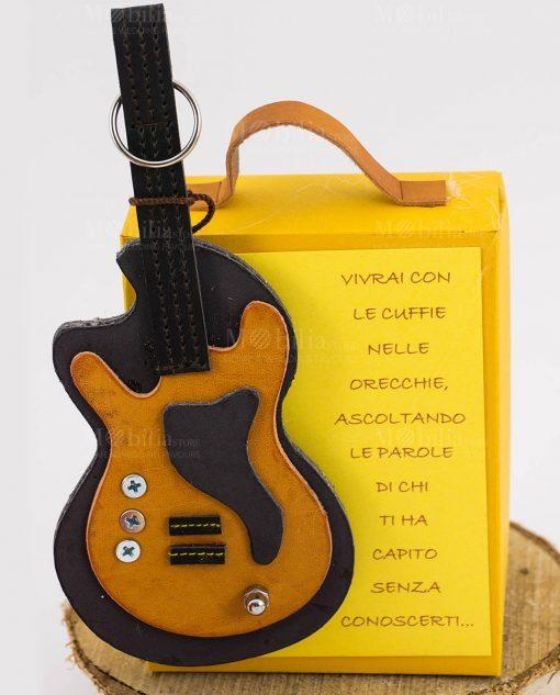 bomboniera portachiave chitarra su shopper alta gialla linea music rdm design