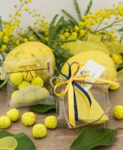 bomboniera saponetta limone spicchio con scatola pvc e capricci