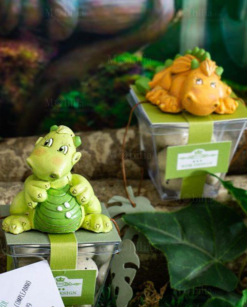 bomboniera sculturina dinosauro su scatolina con confetti uovo rdm design
