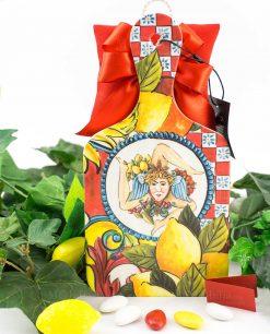 bomboniera tagliere baroque and rock sicily red baci milano con cuscino rosso con fiocco a 4 e cordoncino