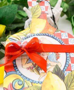 bomboniera tagliere con trinacria linea baroque and rock sicily red baci milano tubicino confetti rossi