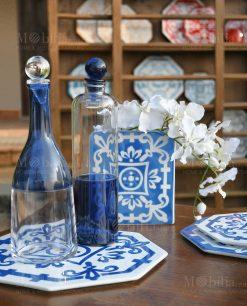 borriglia blu con sottobicchiere piastrella porcellana blu e bianca linea sapori e profumi baci milano