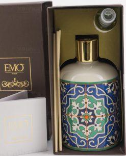 bottiglia profumatore con bastoncini e profumo dentro la scatola art collection linea azulejos emò