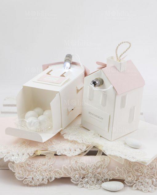 casetta cartoncino con luce led con tetto rosa linea forever rdm design