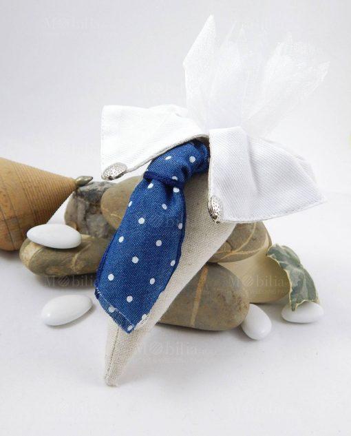 cono portaconfetti colletto con cravatta blu a pois bianchi con tulle bianco cherry and peach