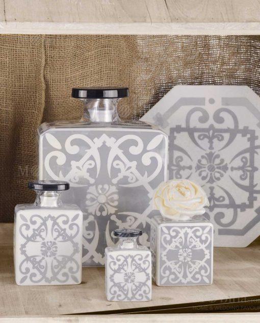diffusori di fragranza varie misure grigio e bianco linea sapori e profumi baci milano