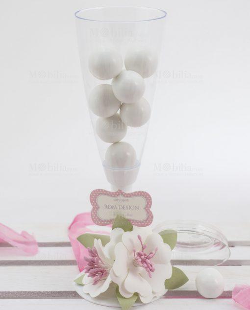 flute con confetti con fiori bianchi linea blush rdm design