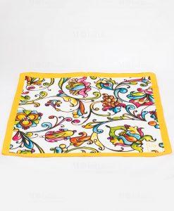foulard con motivi floreali con bordo giallo art collection linea costiera emò italia