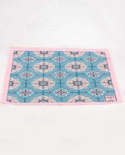 foulard rosa e celeste con decoro mattonella art collection linea maiolica emò italia
