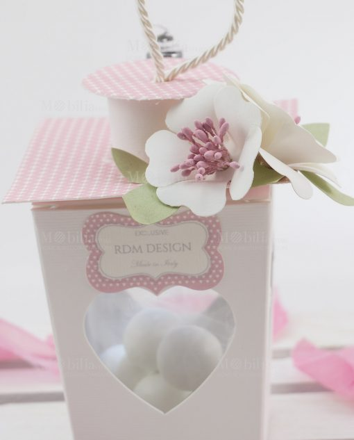 lanterna cartoncino led con fiori bianchi linea blush rdm desgin
