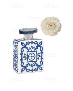 profumatore 100 ml quadrato bianco e blu con fiore linea sapori e profumi baci milano
