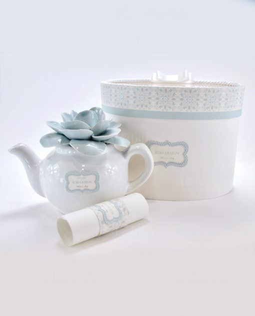 profumatore teiera porcellana capodimonte con fiore celeste linea love rdm design