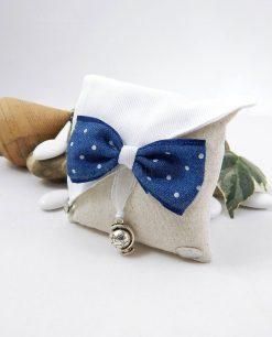sacchetto portaconfetti con papillon blu a pois bianchi con ciondolo mappamondo cherry and peach