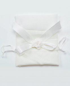 sacchetto raso bianco con fiocco e rosellina