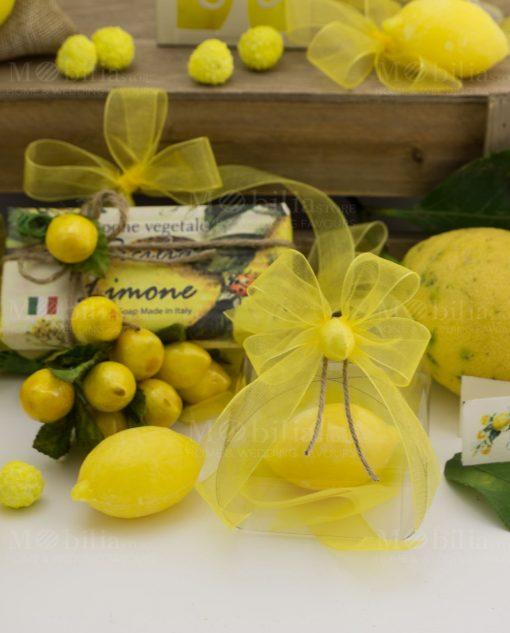 scatola trasparente pvc con saponetta profumata limone