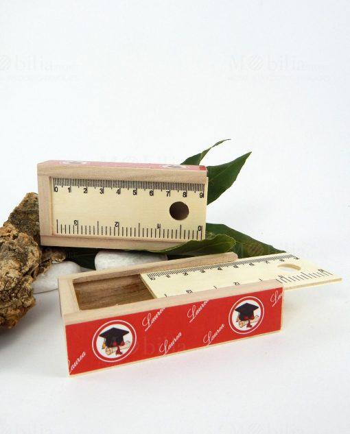 scatolina portaconfetti legno con fighello e disegno tocco
