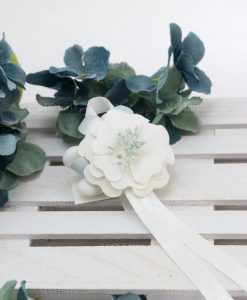 segnaposto fiore cartoncino con nastri e confetti linea sweet memory rdm design