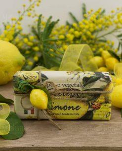 segnaposto sapone vegetale sicilia limone con spago e applicazione limone