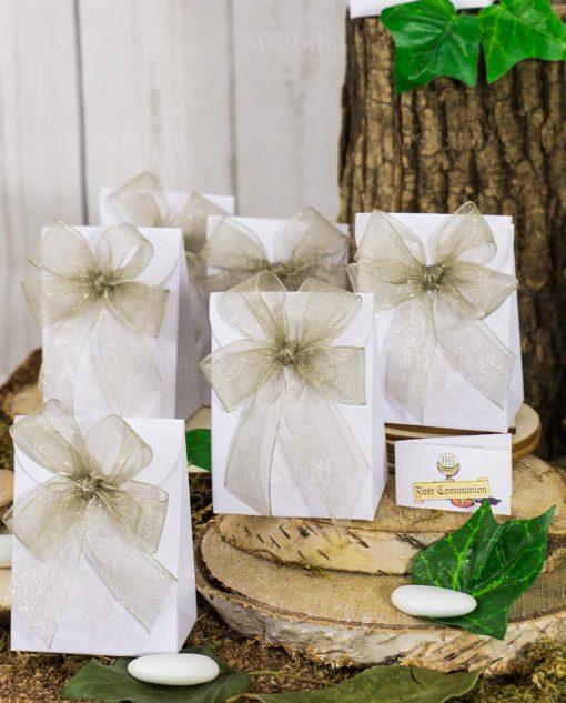 bomboniera bustina bianca portaconfetti con fiocco
