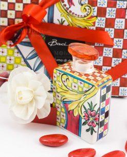 bomboniera diffusore mini 100 ml con fiore confetti nastro e bigliettino rossi linea abroque and rock sicily red baci milano