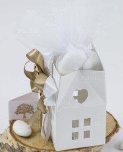 bomboniera lanterna scatolina cartoncino bianco con fiocchi e ciondolo albero della vita