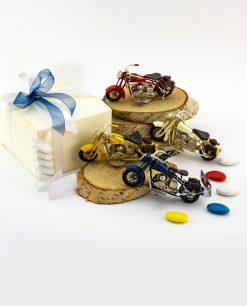 bomboniera modellino piccolo moto da collezione blu giallo avorio e rosso