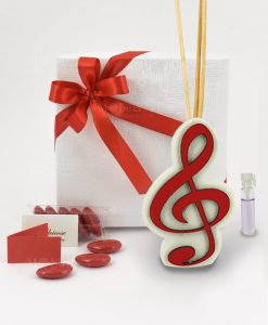 bomboniera profumatore con chiave di violino rossa e bastoncini e profumino scatola con fiocco rosso linea dolci cose