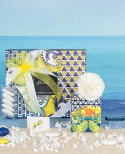 bomboniera profumatore mini 100 ml con fiore e scatola lato b linea baroque and rock sicily blu baci milano