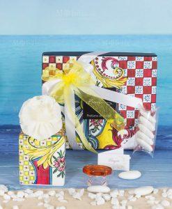 bomboniera profumatore mini 100 ml con fiore e scatola linea baroque and rock sicily red baci milano