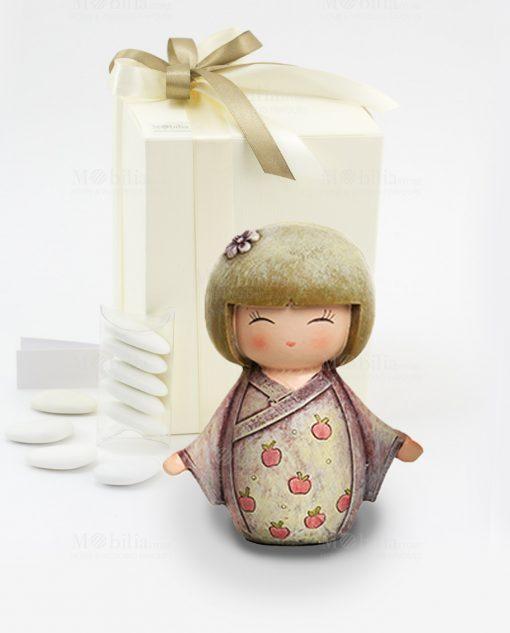 bomboniera sculturina giapponesina grande tre modelli assortiti con fiocco tortora