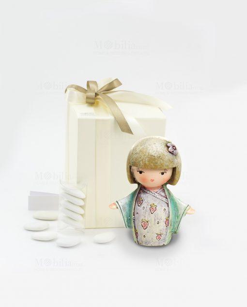 bomboniera sculturina giapponesina piccola tre modelli assortiti con fiocco tortora 1