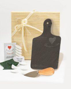 bomboniera tagliere ardesia rettangolare con coltellino formaggio con scatola bamboo cuore matto
