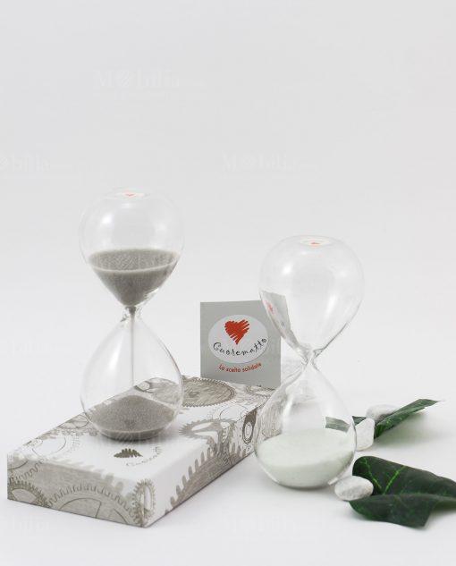 clessidra piccola vetro con sabbia bianca e grigia cuore matto