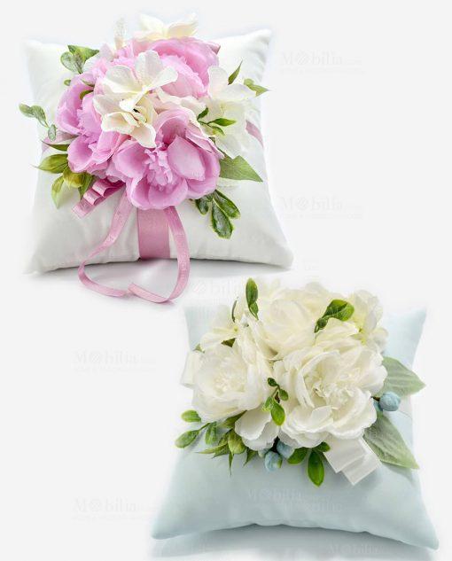 cuscino portaconfetti rosa e azzurro con fiori rdm design