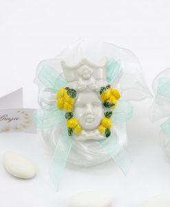 magnete calamita testa di moro donna con limoni con nastro tiffany su sacchetto bianco