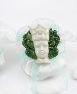 magnete calamita testa di moro uomo con fico dindia con nastro tiffany su sacchetto bianco