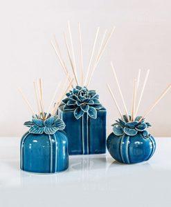 profumatore grande medio e piccolo blu fiore bastoncini scatola e fragranza morena