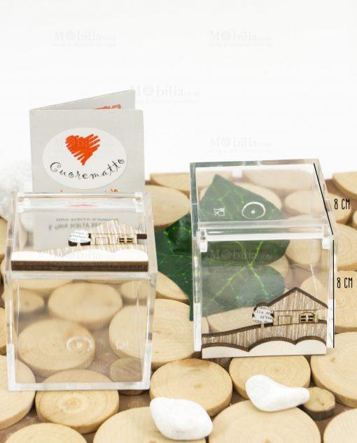 scatolina portaconfetti trasparente 8x8 con casetta legno cuore matto