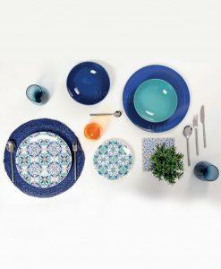 servizio piatti colori e decori assortiti collezione porto villa deste