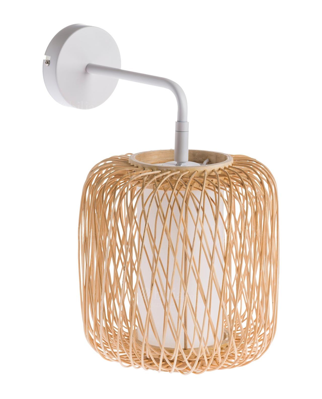 Applique rattan brandani mobilia store home favours for Mobilia recensioni