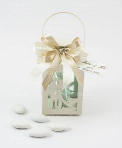 bomboniera lanterna bianca con sposini doppio fiocco bianco e tortora